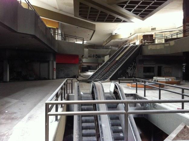 закрытые торговые центры